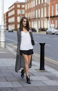 6-cardigan-with-casual-outfit